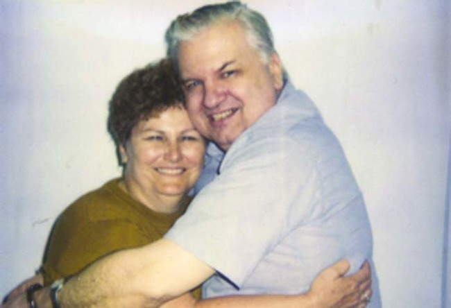 Serial killer John Wayne Gacy receives a visit from his sister just days before his execution.