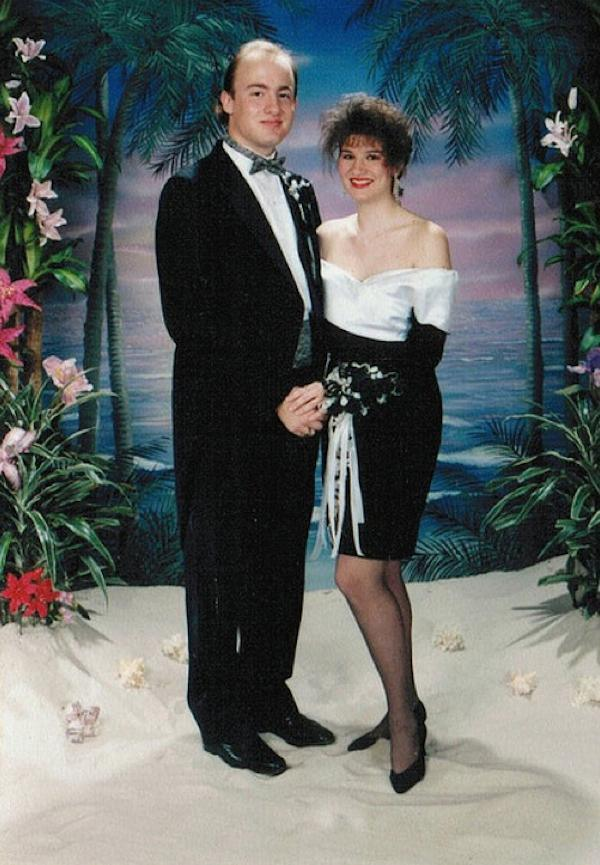 36 Awkward 80s Prom Pictures