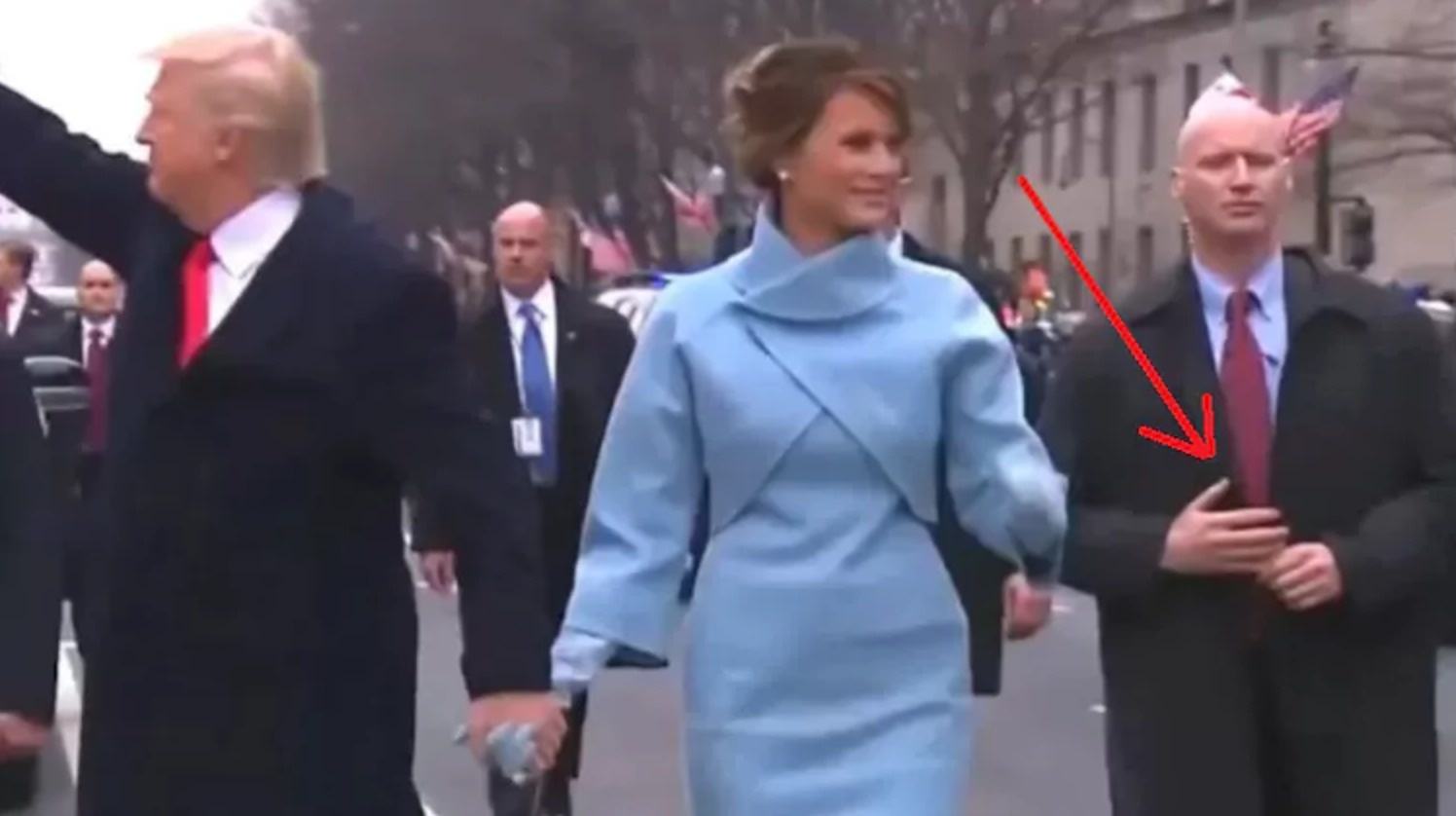 Agent Fake did president trump's secret service agent wear 'fake hands