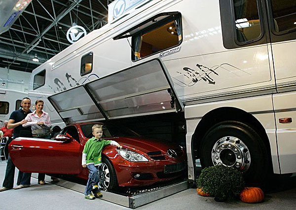 World'S Most Expensive Rv >> The Worlds Most Expensive Motorhome Pictures Gallery