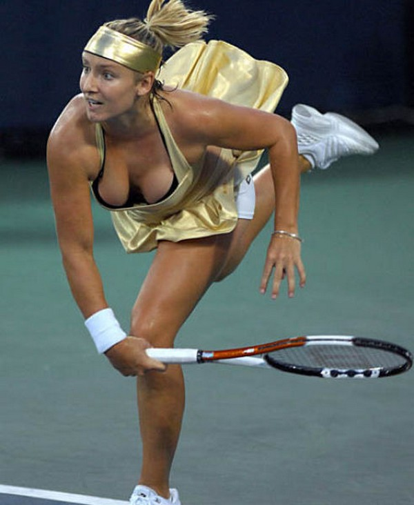 Hot women tennis players oops commit