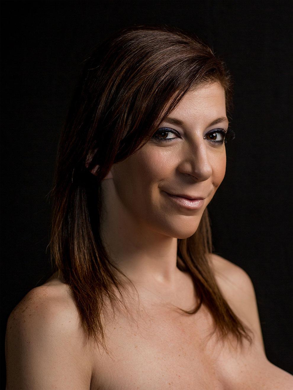 24 Artistic Porn-Star Portraits - Wow Gallery | eBaums World