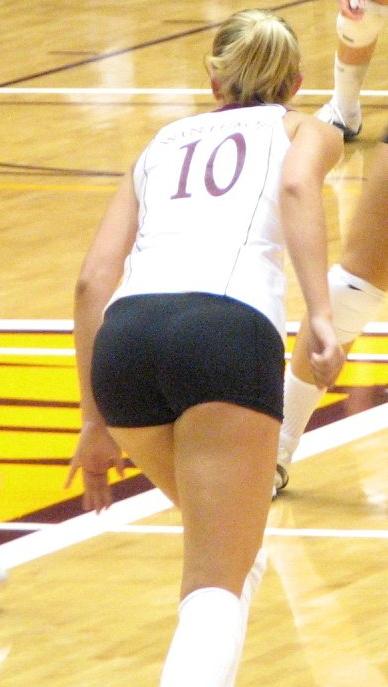 Volleyball Candids - CandidBomb.com