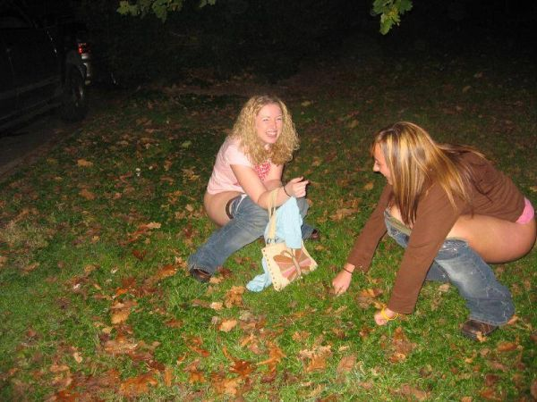 teen girls pussy pee