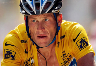 Lance Armstrong is being stripped of all his Tour De France Medals. I think they should let him keep the medals because hasn't that guy already had enough taken from him? In the interest of solidarity with Lance Armstrong, here are other noteworthy people who only have one testicle.