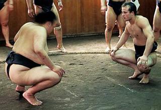 White Sumo Wrestler Dominating Japanese Opponents!
