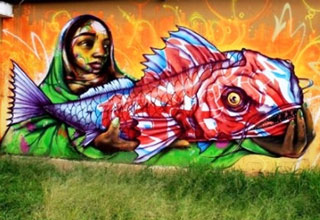 <p>A gallery of creative people and their art works.  Some people call it grafitti, some call it vandalism, I call it amazing.  Nothign wrong with sprucing up some dull scenery.</p>
