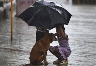 27 random acts of kindness to help restore your faith in humanity.
