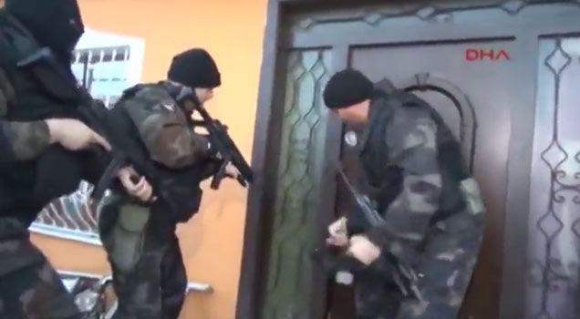 Turkish Swat Team Fail - Funny Video  Ebaums World-9440