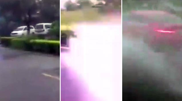 Car Gets Struck By Lightning Wtf Video Ebaum S World