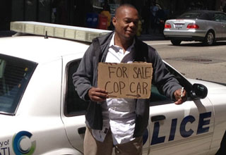Here are 28 pictures of homeless people getting creative with their panhandling signs.