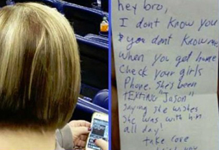 Man sitting behind this woman noticed her text messages to another man while sitting with her husband. So he slipped the husband this note.