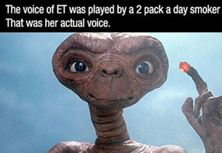 the voice of et was played by a 2 pack a day smoker that was her actual voice