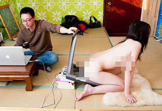 26 photos that prove Asia can be a weird place.