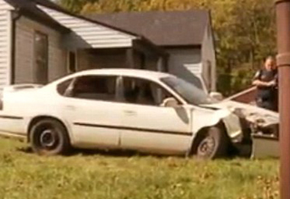 A guy destroys his ex-girlfriends car, and what he does after is amazing.