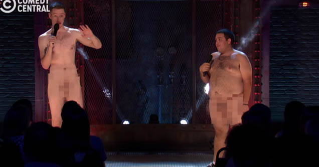 Two naked man on Roast Battles.
