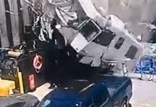 Fatal Crash of RV Flying onto a Ferry Boat - Wow Video | eBaum's World