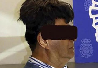 This genius was arrested in Bogota while trying to smuggle drugs on his head!