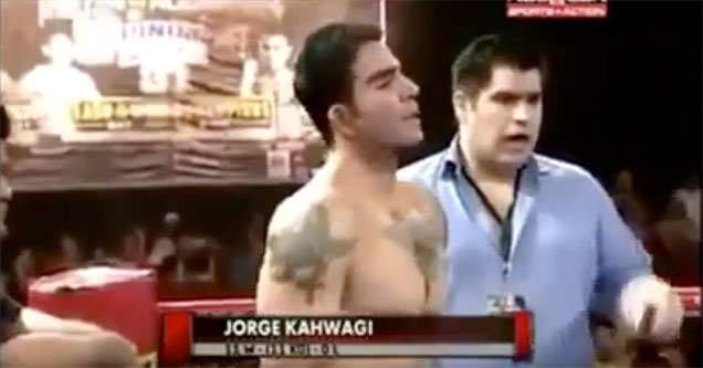 boxers throw a fight in the most obvious way possible