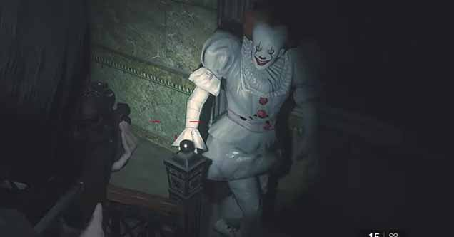 Screenshot of Pennywise mod being used in Resident Evil 2