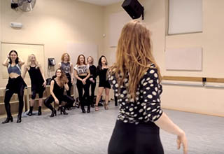 liana blackburn dancing in high heels in her body language class