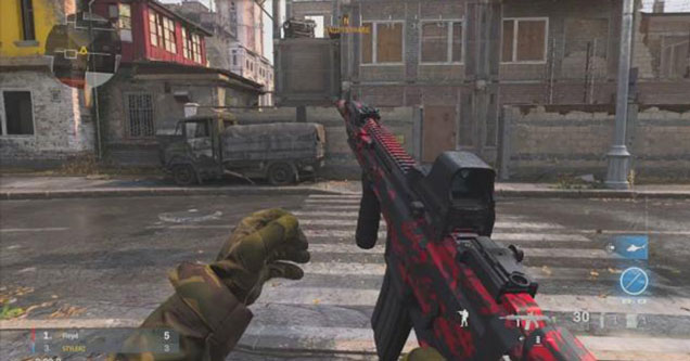 Crossing the street in Modern Warfare is not an easy thing to do