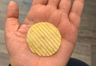 list filled with cool pics that are also very satisfying | a perfectly round potato chip