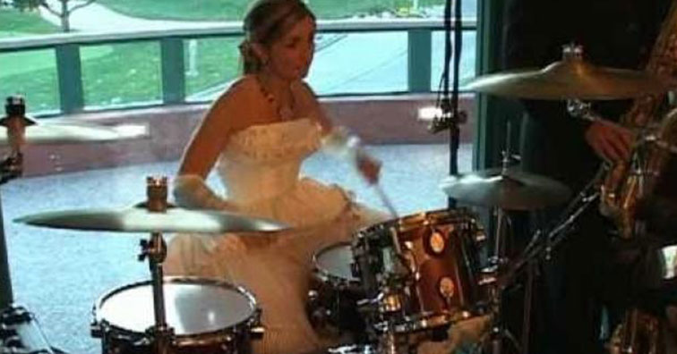 suzanne morissette playing drums at her wedding | Bride plays the drums during her wedding