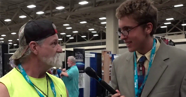 youtuber all gas no brakes conducts an interview during aliencon | a kid interviewing a guy at aliencon