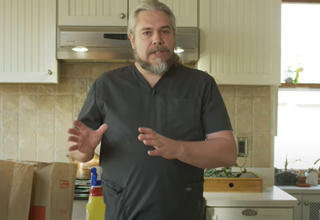 dr jeffrey VanWinger   doctor psa about safe grocery handling during coronavirus pandemic