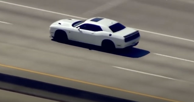 car gets away from police helicopters by driving over 120 mph down the freeway