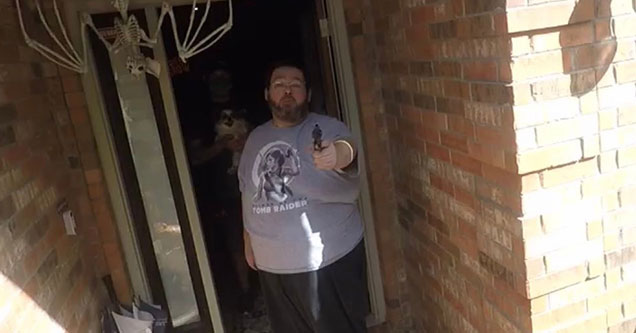 boogie2988 pointing a gun a YouTuber Frank Hassle in front of his house - memes and photoshops