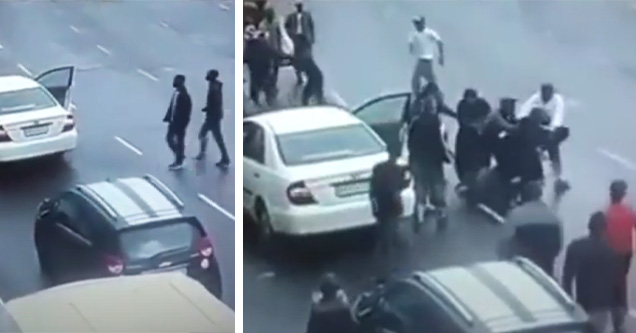 johannesburg car jackers being stopped by street