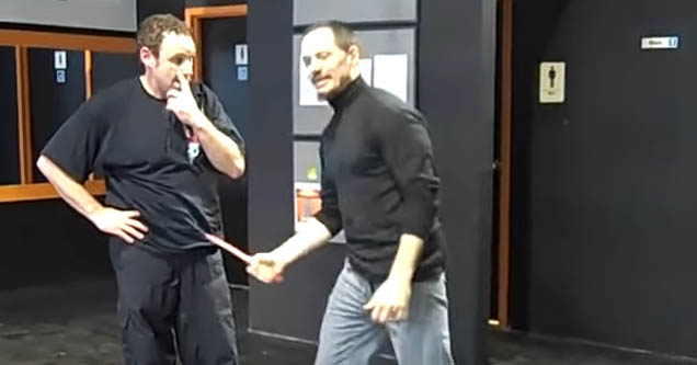 Martial artist gives straight, unfiltered opinion on knife attacks