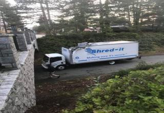 car - Shredit Making sure it's secure.