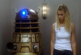 this is the sexy Rose Tyler from Doctor Who, Billie Piper