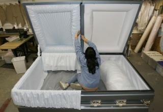 How do you bury the worlds fattest man? In a steel container of course