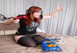 Females from the world of gaming...