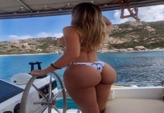 41 hot pics of hot girls in bikinis