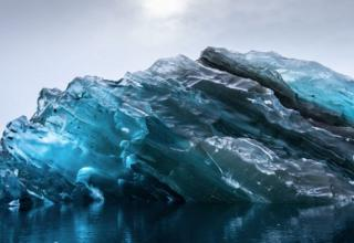 These images from San Francisco photographer, Alex Cornell, show an inverted iceberg, which is a very unusual sight to witness.