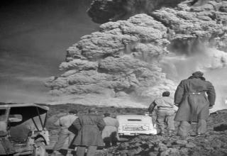 old photos, volcano, mt vesuvius world war 2