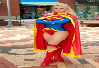 Supergirl Cosplay outfits