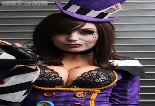 Moxxi from Borderlands Cosplay