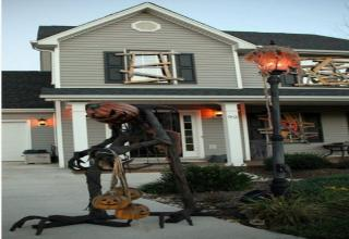 Next-level Halloween decorations that will make you look in awe.