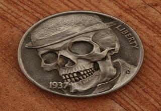 The full 90 image collection of awesome and artistically carved US coins.