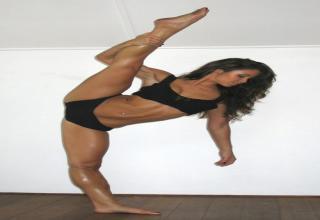 Flexible Girls!