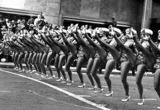 A look at how the Thanksgiving Day Parade was done many years ago......