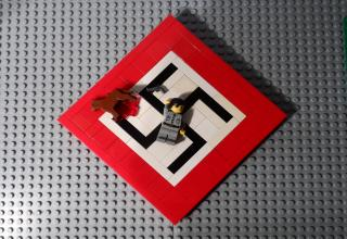 British teen John Denno depicts the Holocaust in toys.