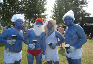 Here are 20 Smurfy pictures of toys, people, and SMURF EVERYTHING. The REAL smurfs, not the new scary looking ones.