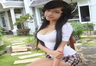 Gorgeous 28 year old Vietnamese girl